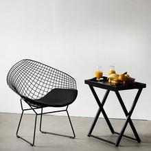 Designerskie Krzesło metalowe druciane Harry Arm Black D2.Design do kuchni, kawiarni i restauracji.