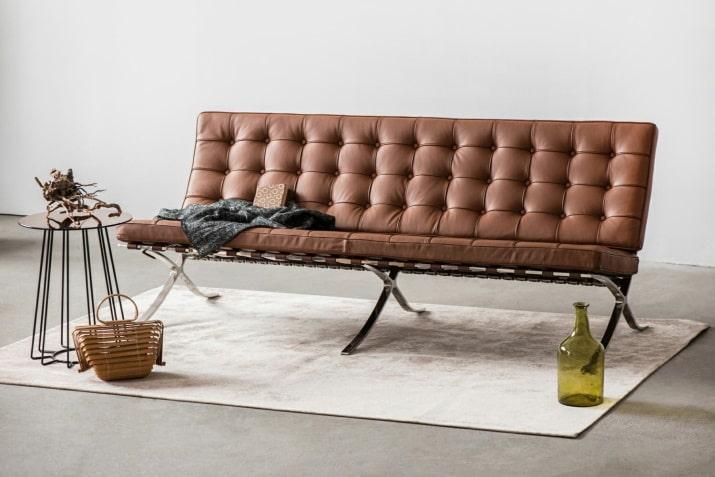 Brązowa pikowana sofa 3 osobowa Barcelona