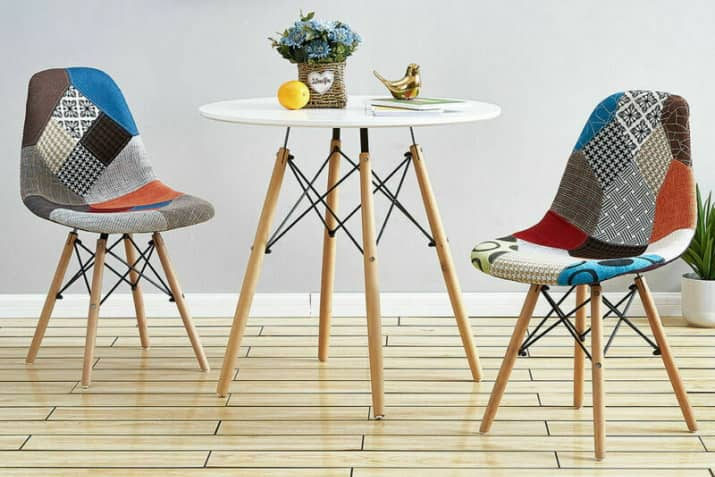 Designerskie kolorowe krzesła tapicerowane patchwork P016 na drewnianych nogach